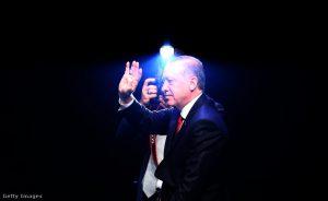 erdogan-fekete-hatterfennyel